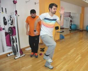 entrenamiento isoinercial excéntrico que reproduce el gesto de un corredor