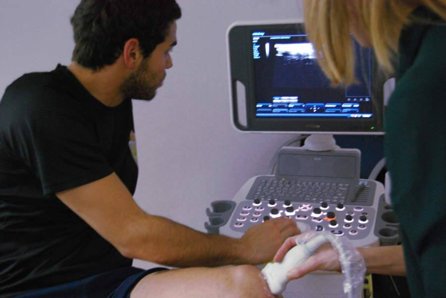 EPTE percutaneous electrolysis therapy to treat tendinopathies