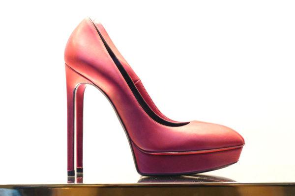 Lesioni e problemi generati dalle scarpe coi tacchi