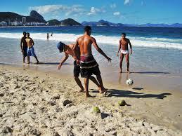 sport in spiaggia camminata